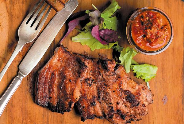 Filete de Cerdo a la Parrilla en Salsa Barbacoa Picante